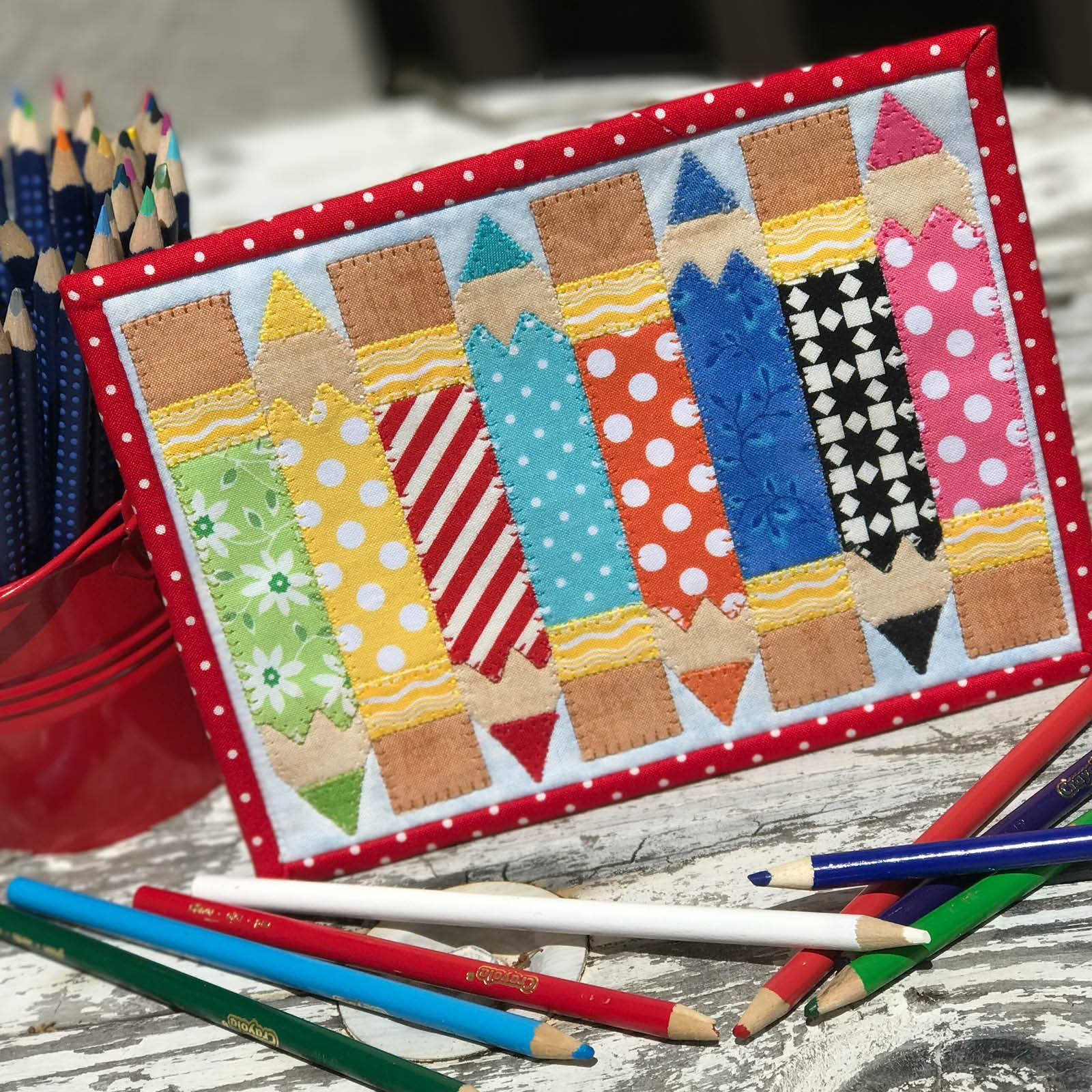 Pencil Box Mug Rug Free Pattern by Stitches of Love for Teachers Day